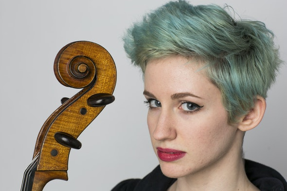 Sonia Mantell, cello