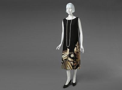 In Focus Gallery Talk: Myrbor's <i>Evening Dress</i>